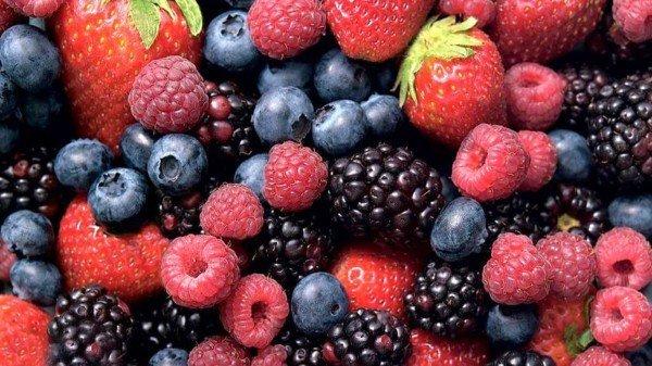 fructe e padure