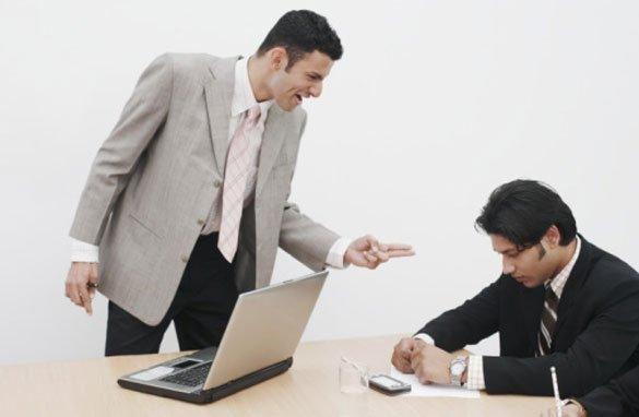 Formulari corecte la birou – cum sa vorbesti cu seful sau colegii la birou