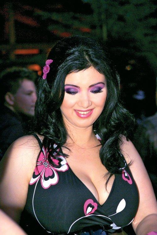 Adriana Bahmuteanu este insarcinata
