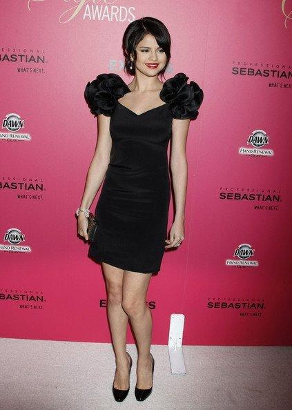 Selena+Gomez+Dresses+Skirts+Little+Black+Dress+_1TvOsHibuJl