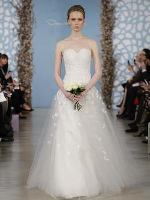 Colectia de rochii de mireasa Oscar de la Renta pentru primavara anului 2014