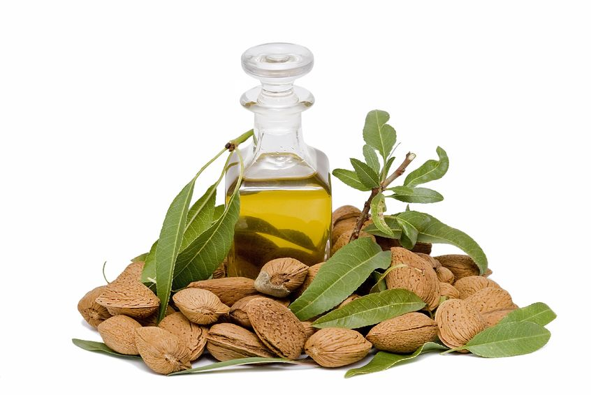 Ce este uleiul de migdale și cum il folosim ca tratament pentru diferite afecțiuni