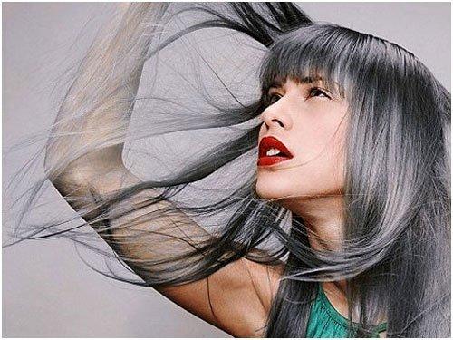 Care sunt cauzele albirii părului?