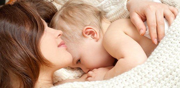 Beneficiile surprinzătoare ale alăptării atât pentru mamă cât și pentru copil