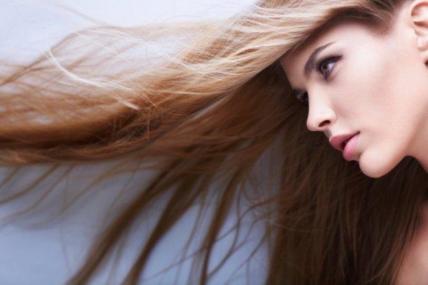 Vrei păr des şi strălucitor? Foloseşte oţetul!