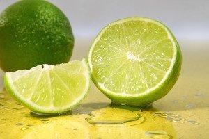 Beneficiile pentru sănătate ale lămâilor verzi
