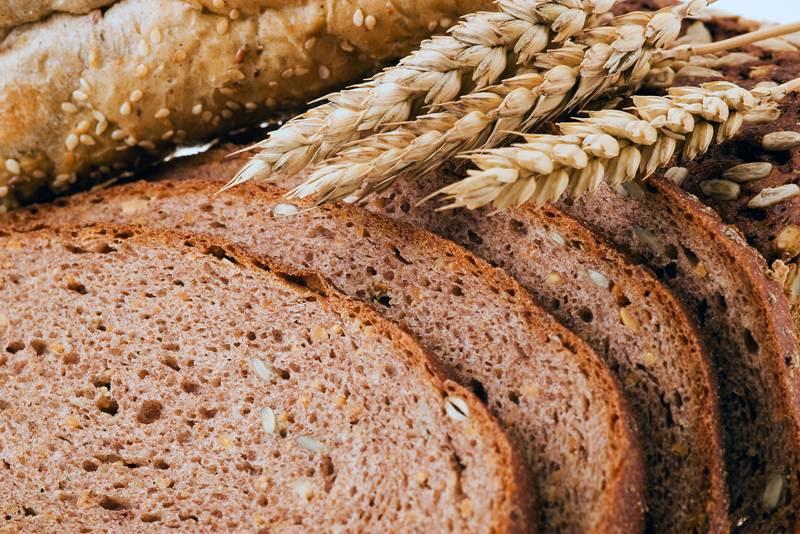Cât de nesănătoasă este pâinea noastră de zi cu zi? 4 mituri despre pâine