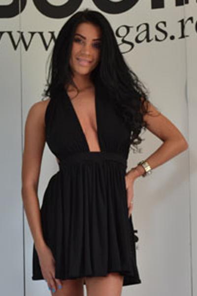 Rochii negre scurte la moda