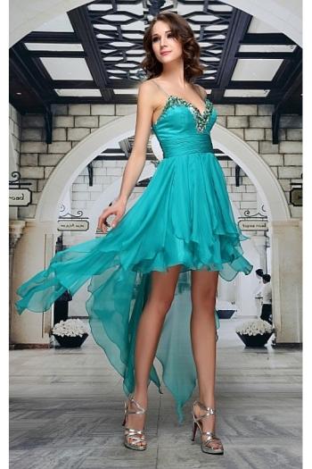 Modele de rochii de voal albastre