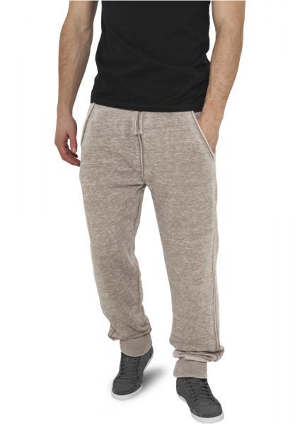 Pantaloni sport cu buzunare online