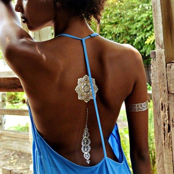 Tatuajele metalice – un must-have în vara 2017